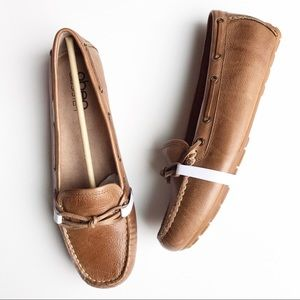 NWB Abeo Marilee Driving Moccasin Slip On Tan 9
